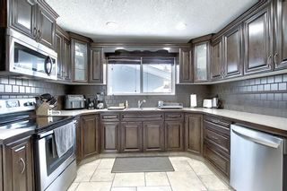 Photo 10: 28 Forest Green SE in Calgary: Forest Heights Detached for sale : MLS®# A1065576