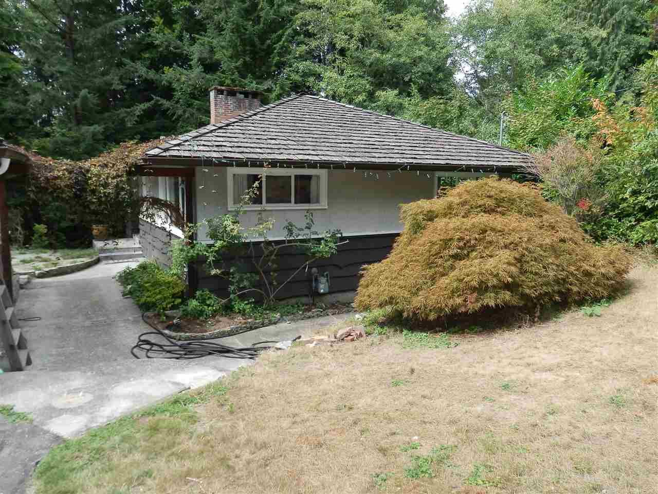 FEATURED LISTING: 3833 EMERALD Drive North Vancouver