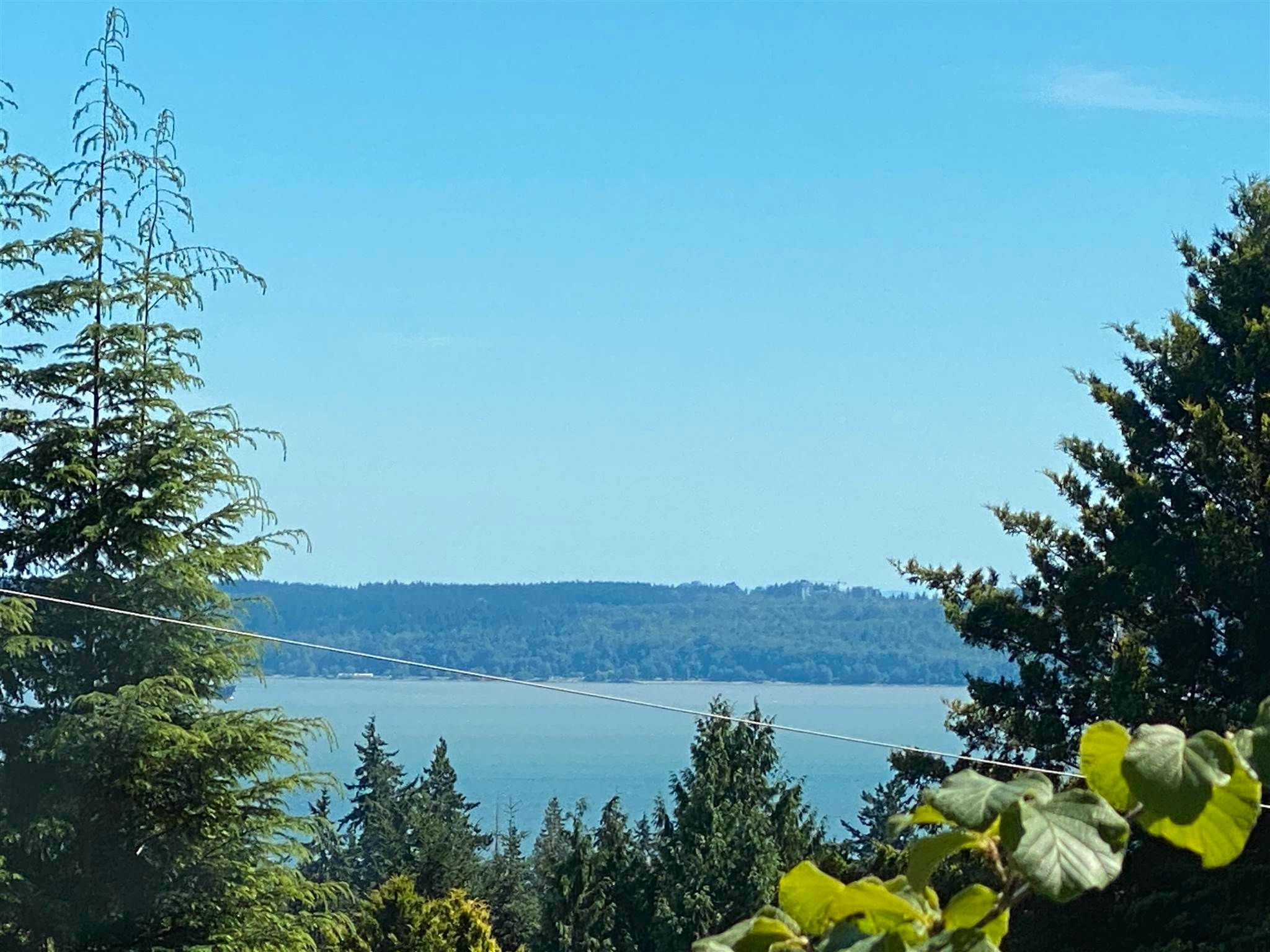 Main Photo: 4741 RUTLAND Road in West Vancouver: Caulfeild House for sale : MLS®# R2594532