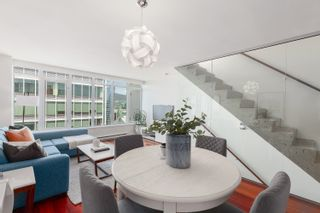 Photo 4: PH3202 610 GRANVILLE STREET in Vancouver: Downtown VW Condo for sale (Vancouver West)  : MLS®# R2604994