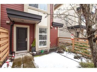 """Photo 2: 28 19477 72A Avenue in Surrey: Clayton Townhouse for sale in """"SUN AT 72"""" (Cloverdale)  : MLS®# R2586511"""