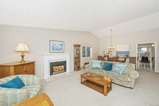 Photo 4: 1670 Barrett Dr in North Saanich: NS Dean Park House for sale : MLS®# 886499
