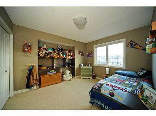 Photo 12: 99 EVERGREEN Square SW in CALGARY: Shawnee Slps Evergreen Est Residential Detached Single Family for sale (Calgary)  : MLS®# C3527266