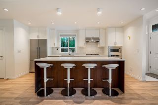 """Photo 2: 4 10611 GILBERT Road in Richmond: Woodwards Townhouse for sale in """"Preston"""" : MLS®# R2591228"""