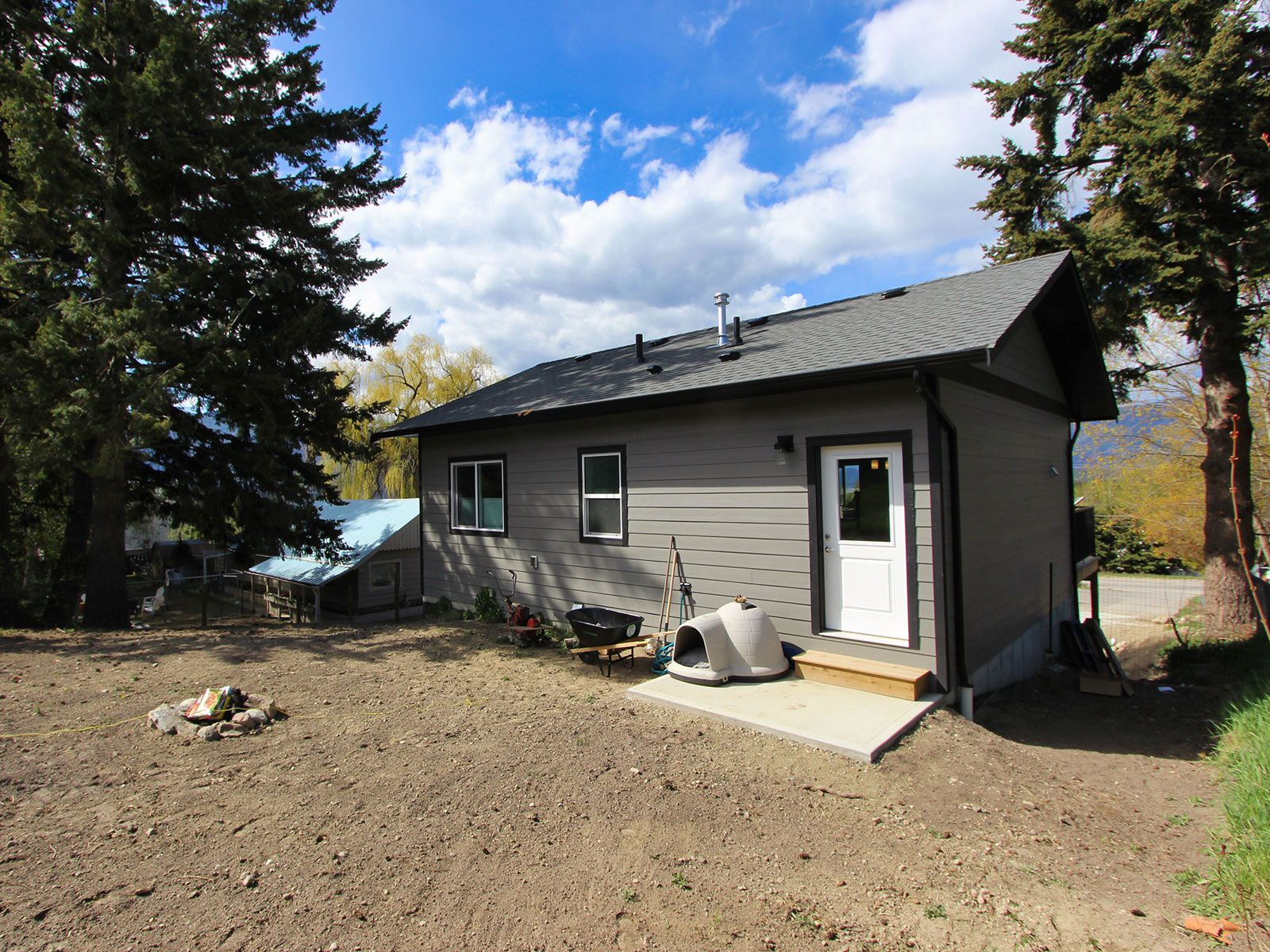 Photo 5: Photos: 1920 SE Okanagan Avenue in Salmon Arm: South East Salmon Arm House for sale : MLS®# 10204567