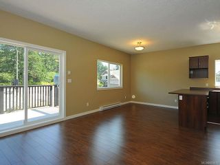 Photo 4: 3343 Merlin Rd in Langford: La Luxton House for sale : MLS®# 655013