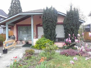 Photo 1: 2232 LONDON Street in New Westminster: Connaught Heights House for sale : MLS®# R2487494