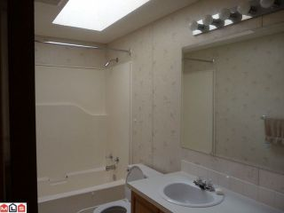 """Photo 5: 169 1840 160TH Street in Surrey: King George Corridor Manufactured Home for sale in """"Breakaway Bays"""" (South Surrey White Rock)  : MLS®# F1118468"""