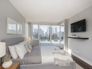 """Photo 24: 2001 1055 RICHARDS Street in Vancouver: Downtown VW Condo for sale in """"Donovan"""" (Vancouver West)  : MLS®# R2555936"""