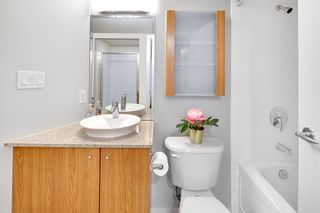"""Photo 12: 202 1199 SEYMOUR Street in Vancouver: Downtown VW Condo for sale in """"BRAVA"""" (Vancouver West)  : MLS®# R2260600"""