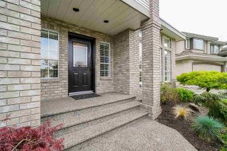 Photo 2: 6272 189A Street in Surrey: Cloverdale BC House for sale (Cloverdale)  : MLS®# R2572115