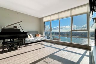 """Photo 3: 2505 1483 HOMER Street in Vancouver: Yaletown Condo for sale in """"THE WATERFORD BY CONCORD PACIFIC"""" (Vancouver West)  : MLS®# R2625455"""