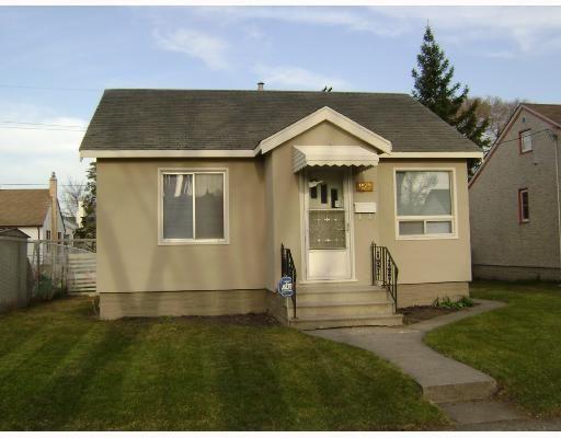Main Photo: 1129 SPRUCE Street in WINNIPEG: West End / Wolseley Residential for sale (West Winnipeg)  : MLS®# 2807720