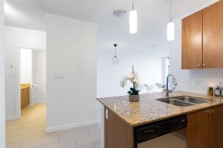 """Photo 12: 1703 280 ROSS Drive in New Westminster: Fraserview NW Condo for sale in """"THE CARLYLE AT VICTORIA HILL"""" : MLS®# R2576936"""