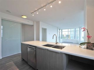 """Photo 1: 1009 6461 TELFORD Avenue in Burnaby: Metrotown Condo for sale in """"METROPLACE"""" (Burnaby South)  : MLS®# V1097911"""