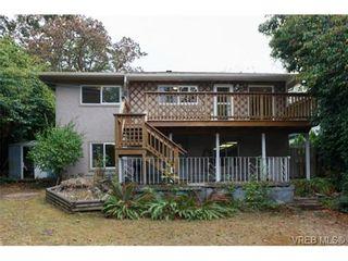 Photo 17: 1083 Joan Cres in VICTORIA: Vi Rockland House for sale (Victoria)  : MLS®# 710463