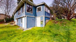 Photo 2: 4365 GUN CLUB Road in Sechelt: Sechelt District House for sale (Sunshine Coast)  : MLS®# R2555174