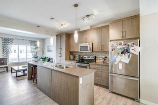 Photo 2: 227 Marquis Lane SE in Calgary: Mahogany Row/Townhouse for sale : MLS®# A1101562