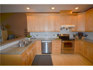 """Photo 8: 65 678 CITADEL Drive in Port Coquitlam: Citadel PQ Townhouse for sale in """"CITADEL POINTE"""" : MLS®# V1012676"""