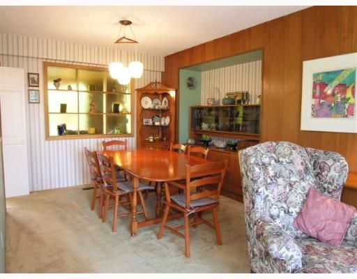 Photo 3: Photos: 274 W WINDSOR Road in North Vancouver: Upper Lonsdale House for sale : MLS®# V640851