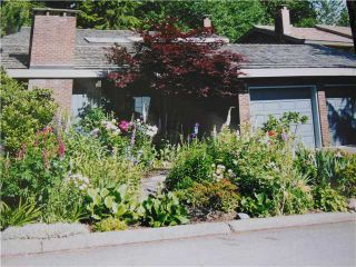 """Photo 1: 5472 BLUEBERRY Lane in North Vancouver: Grouse Woods House for sale in """"GROUSE WOODS"""" : MLS®# V1127820"""