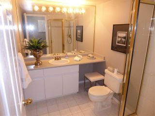 """Photo 13: 1703 1199 EASTWOOD Street in Coquitlam: North Coquitlam Condo for sale in """"SELKIRK"""" : MLS®# R2283280"""