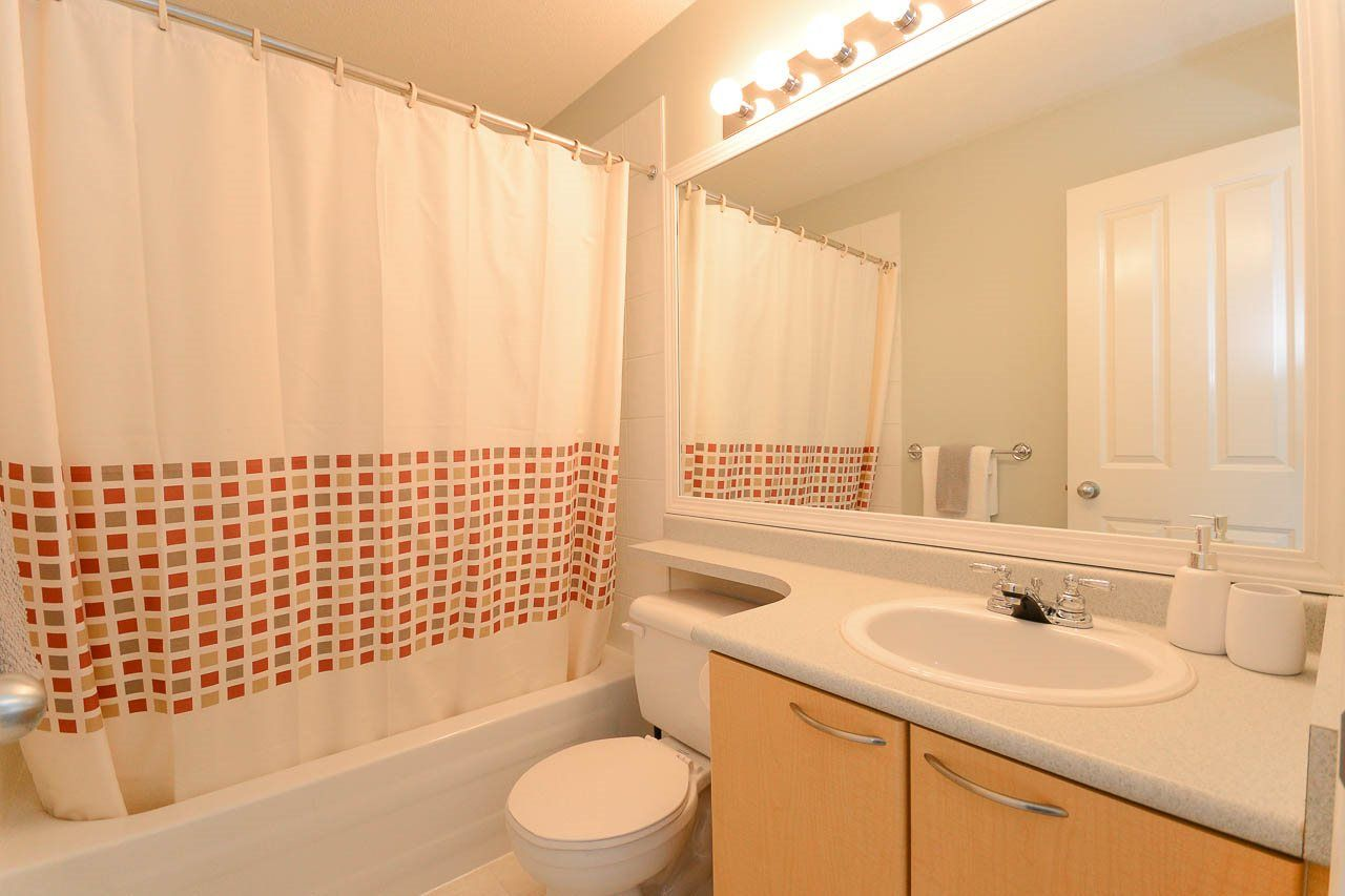 """Photo 9: Photos: 54 12778 66 Avenue in Surrey: West Newton Townhouse for sale in """"HATHAWAY VILLAGE"""" : MLS®# R2085021"""
