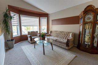Photo 4: 10 Pamela Road in Winnipeg: Island Lakes Residential for sale (2J)  : MLS®# 202120895