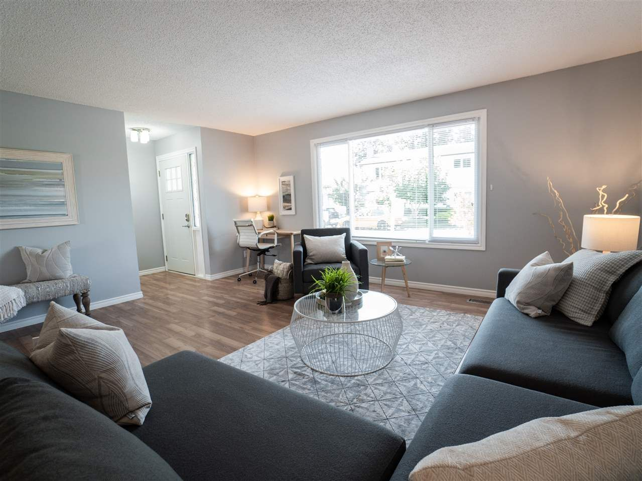 """Main Photo: 6172 DUNDEE Place in Chilliwack: Sardis West Vedder Rd House for sale in """"Dundee Place"""" (Sardis)  : MLS®# R2464587"""