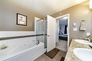 """Photo 10: 403 11667 HANEY Bypass in Maple Ridge: West Central Condo for sale in """"HANEY'S LANDING"""" : MLS®# R2336423"""