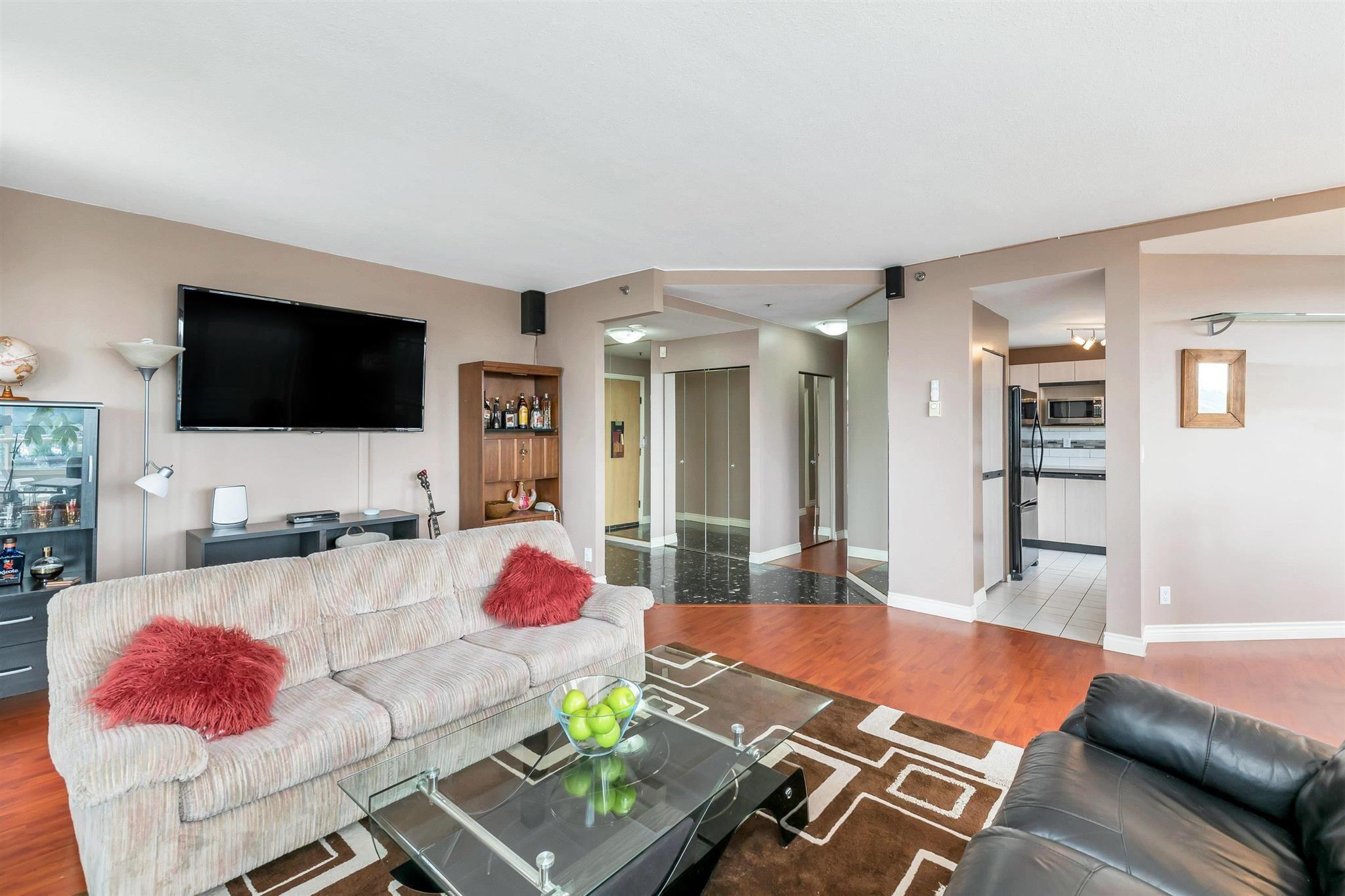 "Photo 5: Photos: 1401 728 FARROW Street in Coquitlam: Coquitlam West Condo for sale in ""THE VICTORIA"" : MLS®# R2615321"