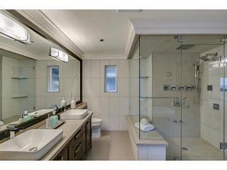 Photo 11: 574 SILVERDALE PL in North Vancouver: Upper Delbrook House for sale : MLS®# V1104305