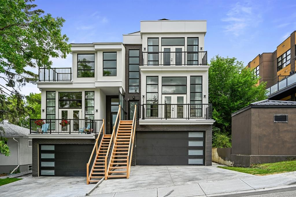 Main Photo: 2616 17 Street SW in Calgary: Bankview Semi Detached for sale : MLS®# A1124495
