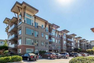 "Photo 1: 413 33539 HOLLAND Avenue in Abbotsford: Central Abbotsford Condo for sale in ""The Crossing"" : MLS®# R2465000"