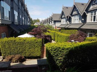 Photo 2: 5635 WILLOW Street in Vancouver: Cambie Townhouse for sale (Vancouver West)  : MLS®# R2625755