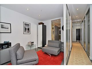 Photo 5: 606 256 2nd Avenue in Vancouver: Mount Pleasant VE Condo for sale (Vancouver East)  : MLS®# V1032140