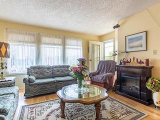 Photo 4: 406 2311 Mills Rd in : Si Sidney North-East Condo for sale (Sidney)  : MLS®# 874726