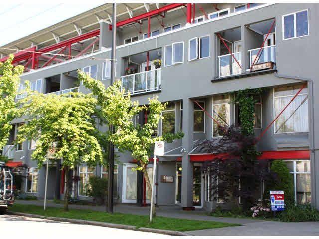 "Main Photo: B5 238 E 10TH Avenue in Vancouver: Mount Pleasant VE Condo for sale in ""STUDIO 10"" (Vancouver East)  : MLS®# V1123548"