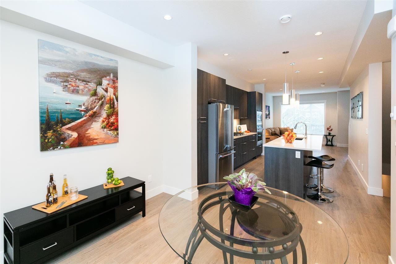 """Photo 8: Photos: 13 16315 23A Avenue in Surrey: Grandview Surrey Townhouse for sale in """"SOHO"""" (South Surrey White Rock)  : MLS®# R2430685"""