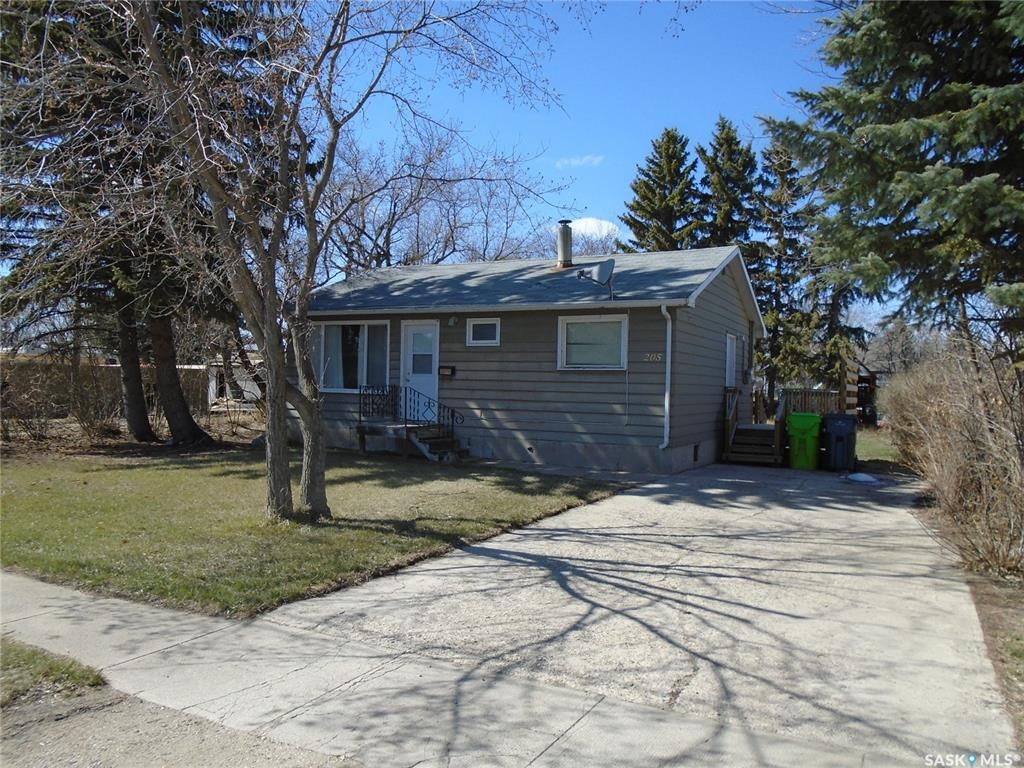 Main Photo: 205 Eden Street in Indian Head: Residential for sale : MLS®# SK851445