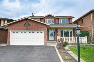 Photo 1: 35 Cobbler Crescent in Markham: Raymerville House (2-Storey) for sale : MLS®# N4469940