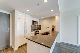 Photo 2: 902 3096 WINDSOR Gate in Coquitlam: New Horizons Condo for sale : MLS®# R2413345