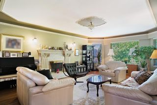 Photo 2: 6780 BUTLER Street in Vancouver: Killarney VE House for sale (Vancouver East)  : MLS®# R2492715