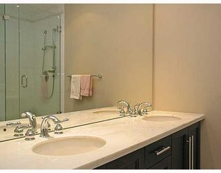 """Photo 7: 320 4685 VALLEY Drive in Vancouver: Quilchena Condo for sale in """"MARGUERITE HOUSE I"""" (Vancouver West)  : MLS®# V753054"""