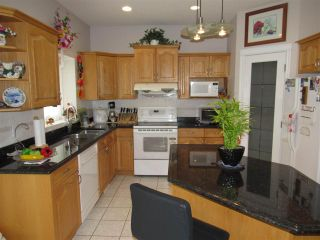 Photo 13: 231 TORY Crescent in Edmonton: Zone 14 House for sale : MLS®# E4242192