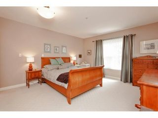 Photo 16: # 402 1725 128TH ST in Surrey: Crescent Bch Ocean Pk. Condo for sale (South Surrey White Rock)  : MLS®# F1441077