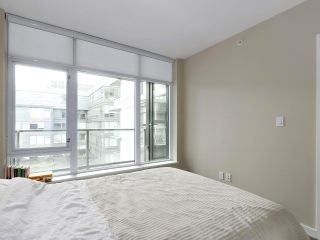 """Photo 18: 554 108 W 1ST Avenue in Vancouver: False Creek Condo for sale in """"OLYMPIC VILLAGE"""" (Vancouver West)  : MLS®# R2437073"""