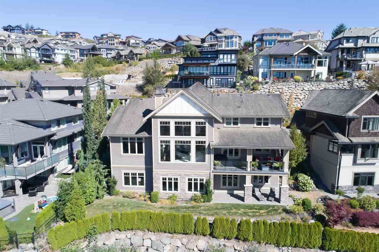 """Main Photo: 2590 LAVENDER Court in Abbotsford: Abbotsford East House for sale in """"Eagle Mountain"""" : MLS®# R2209949"""