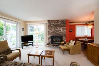 "Photo 4: 204 1066 W 13TH Avenue in Vancouver: Fairview VW Condo for sale in ""LANDMARK VILLA"" (Vancouver West)  : MLS®# R2470925"