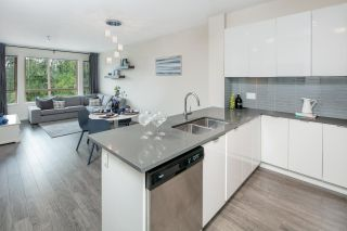"""Photo 4: 403 2665 MOUNTAIN Highway in North Vancouver: Lynn Valley Condo for sale in """"CANYON SPRINGS by POLYGON"""" : MLS®# R2311452"""